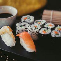 Menú Komokio - Bandeja de sushi - Komo, cocina gourmet en tu casa